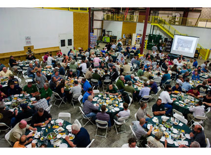 Kuiken Brothers Hosts Deck Expo & Beefsteak Dinner
