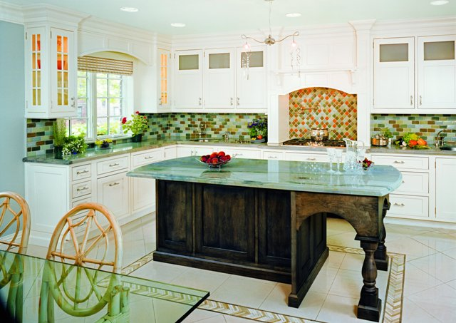 Above One Of The More Por Trends Curly Is To Mix Painted And Stained  Cabinets In