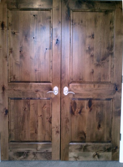 Double-doors-bottom-rails-two-veneers-poor-color-variation