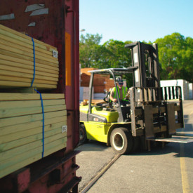 Kuiken Brothers Receives Fully Loaded Railcar with Pressure Treated Lumber for the 2021 Outdoor Living Season
