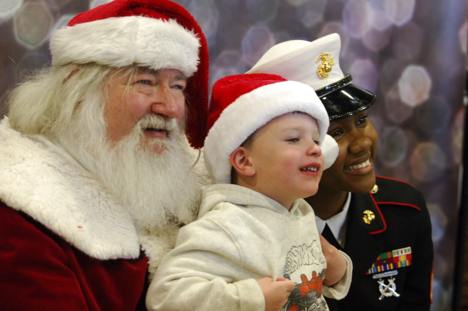 2015 Kuiken Brothers Toys for Tots Event Roxbury (357)