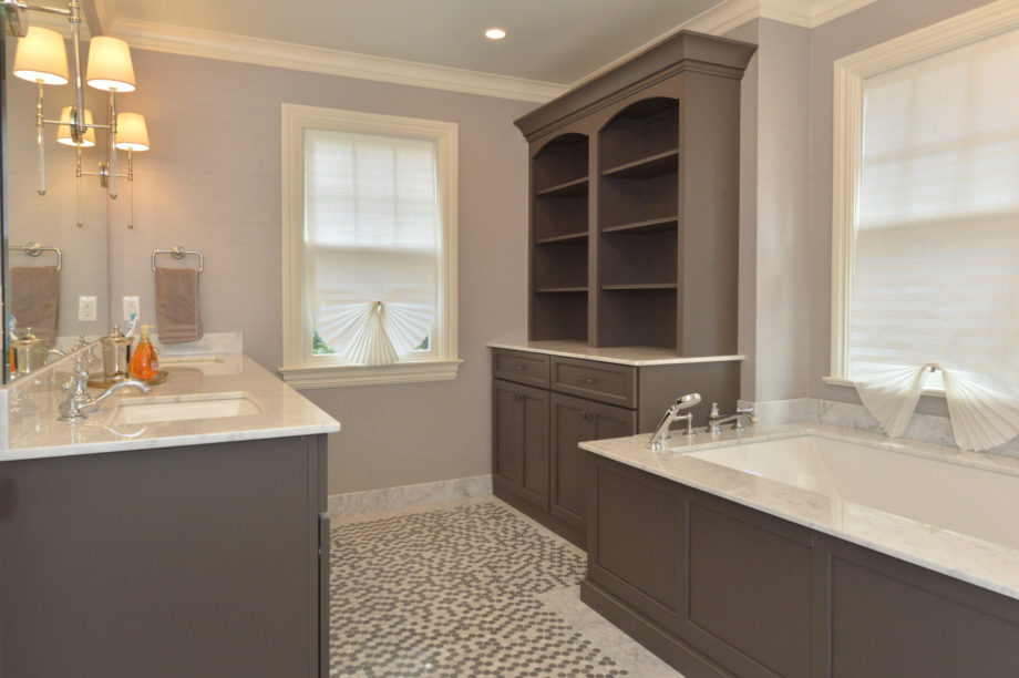 Ridgewood Nj Bathroom Cabinetry Project Designed Supplied By Kuiken Brothers Kuiken Brothers