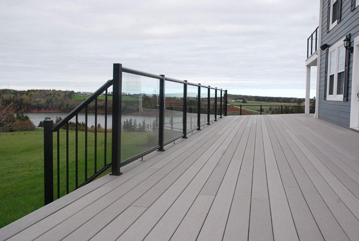 Decking Composite Kuiken Brothers