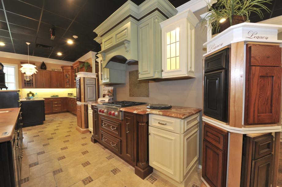 Kuiken Brothers Succasunna Kitchen Cabinetry Showroom Morris County NJ (16)